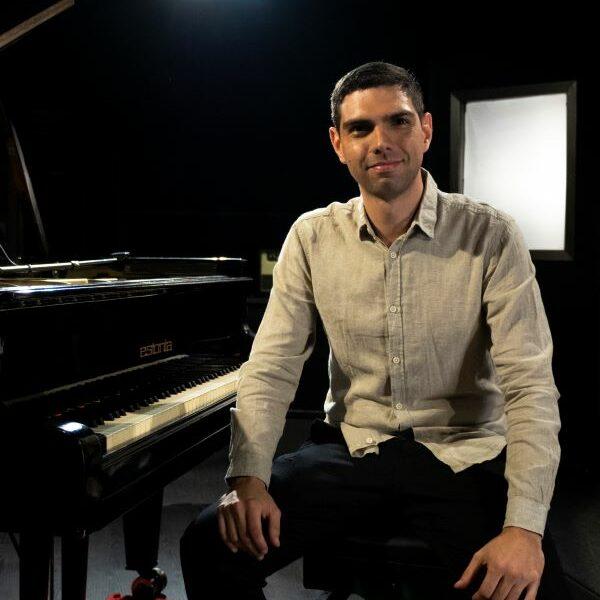 Lucas Bueno Dias realiza recital de piano com lançamento do CD Epifonia - Foto: Maurício Trez