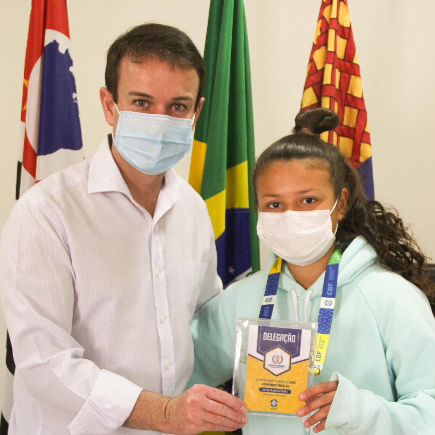 Meia-atacante da Chapecoense Adell, Luiza mora em Santa Catarina desde 2019