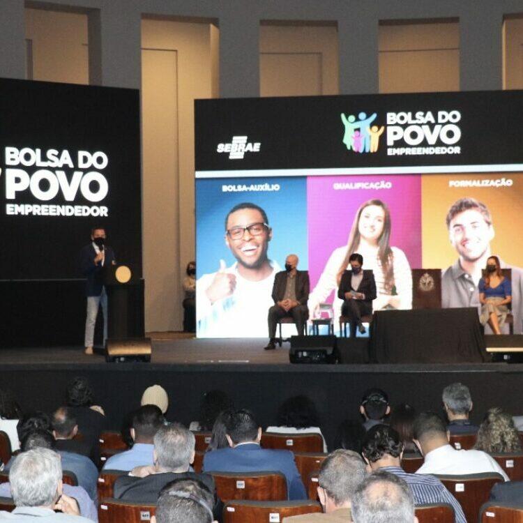 O governador João Doria lançou nesta sexta-feira, 10, o Programa Bolsa Empreendedor, parceria com o Sebrae que irá beneficiar mais de 100 mil pessoas em todo o Estado - foto: Divulgação